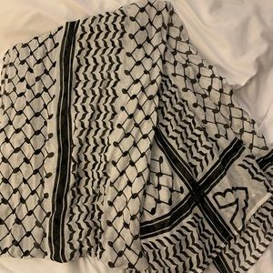 VELA Palestinian scarf